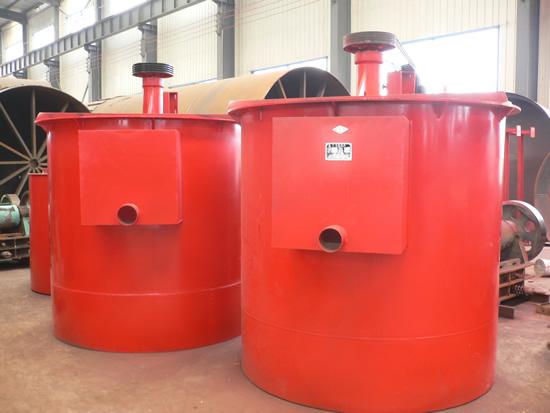 搅拌桶使用说明 使用前先紧固泵体部位螺栓